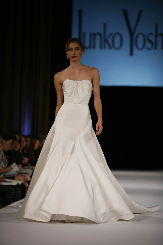 Junko yoshioka sample sale brooklyn bride modern for Wedding dress sample sale houston