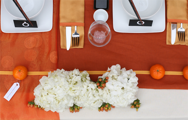 Tablescape challenge: Orange inspired sweetheart table 4