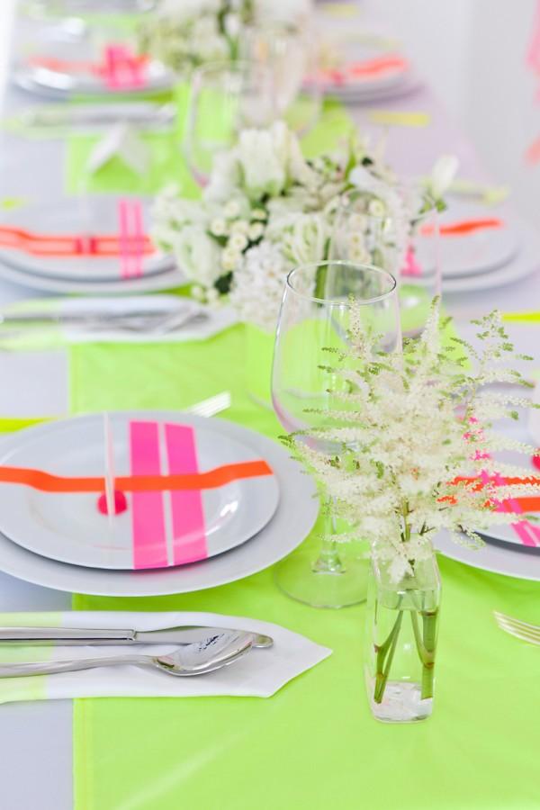 Neon wedding inspiration: Decor 3