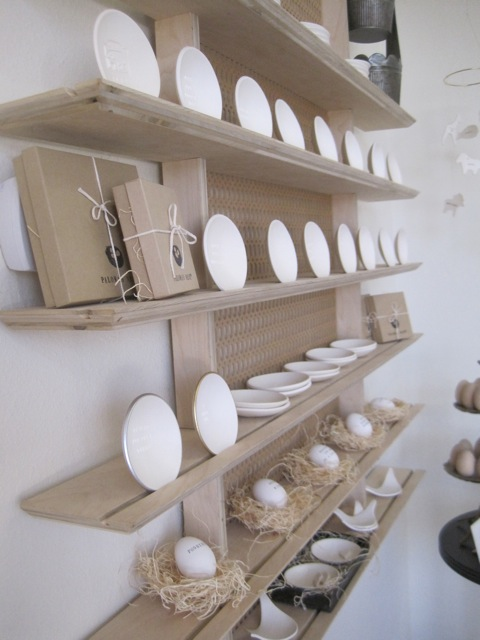 bowl display in boutique
