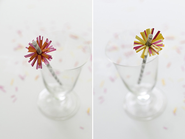 Making straw flowers with construction paper