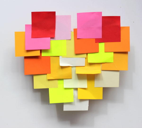 DIY: How to make a post-it heart pinata 10