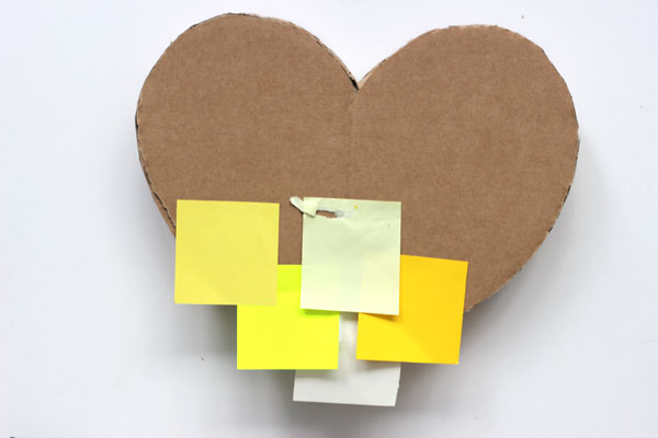 DIY: How to make a post-it heart pinata 8