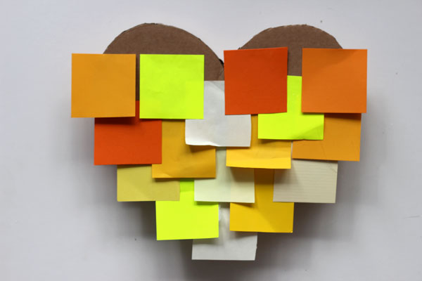 DIY: How to make a post-it heart pinata 9