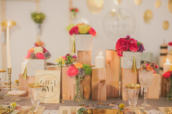 wood & floral centerpiece