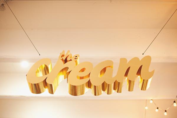 gold cream sign