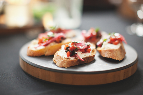 berry crostini