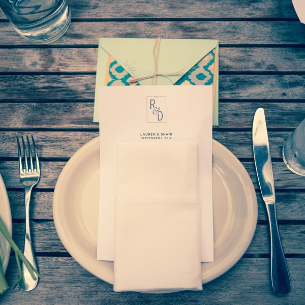 outdoor simple table setting
