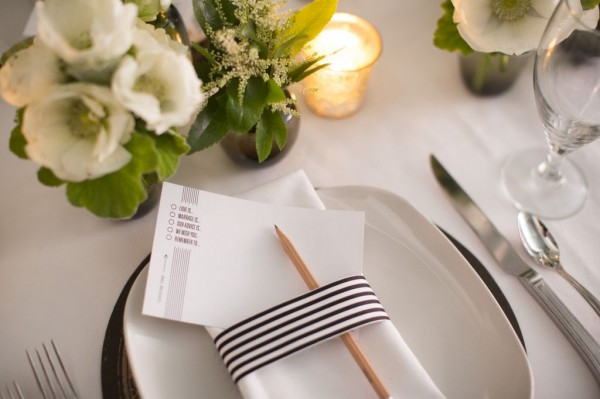 black and white guest cards