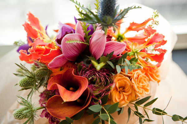 colorful modern bouquet
