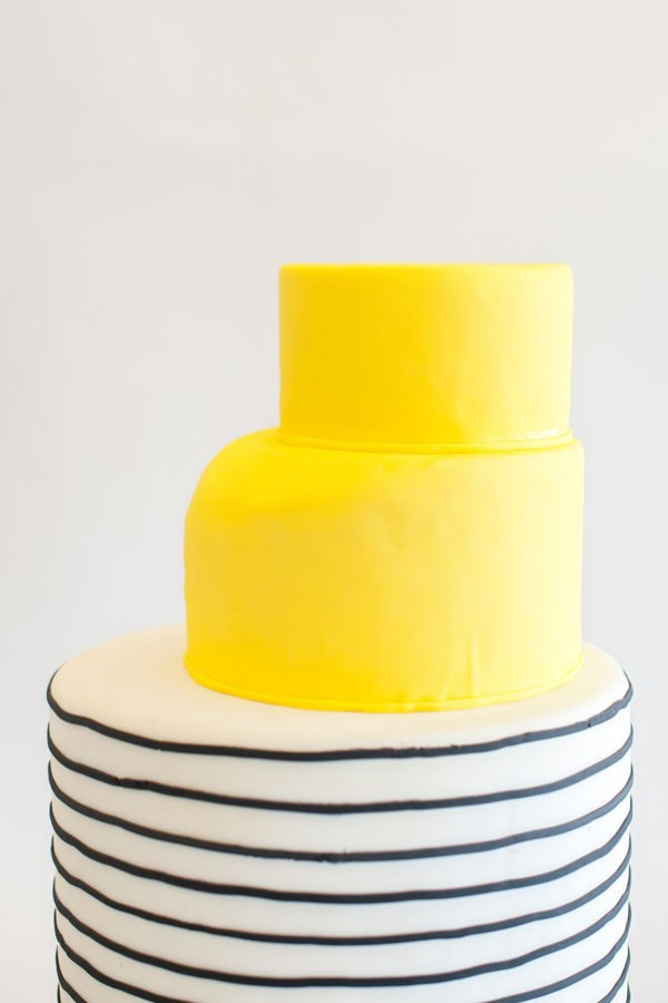 yellow stripe cake