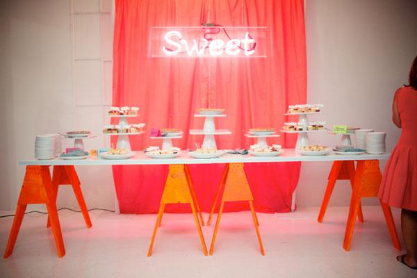 neon dessert table