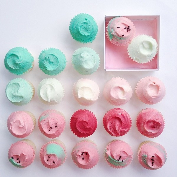pastel mini cupcakes