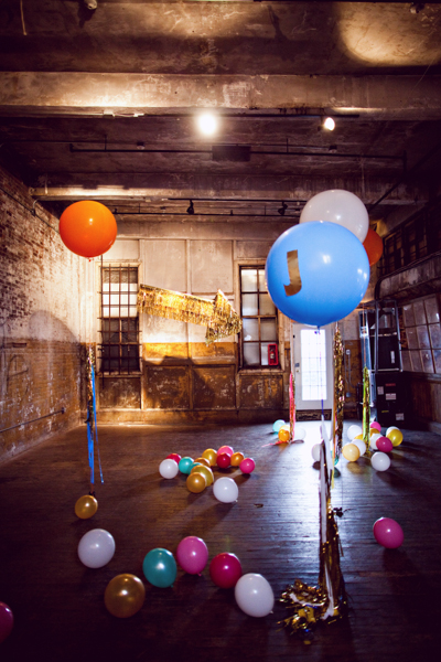 giant balloon decor