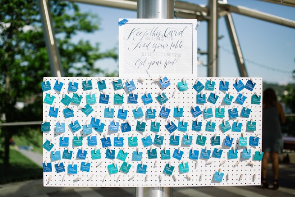 shades of blue escort card display