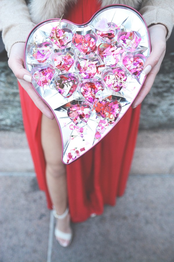 Valentines Day Wedding Inspiration Collaboration - I Heart NY I Heart You - Six Hearts Photography068