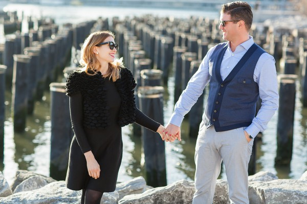 dumbo-brooklyn-engagement-session-06