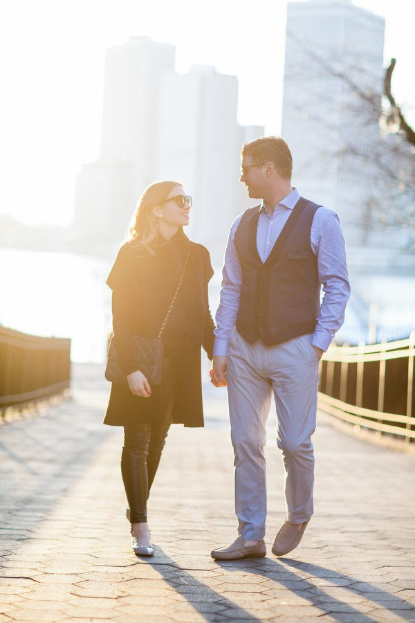 dumbo-brooklyn-engagement-session-09