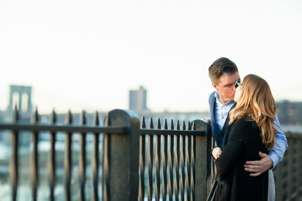 dumbo-brooklyn-engagement-session-11