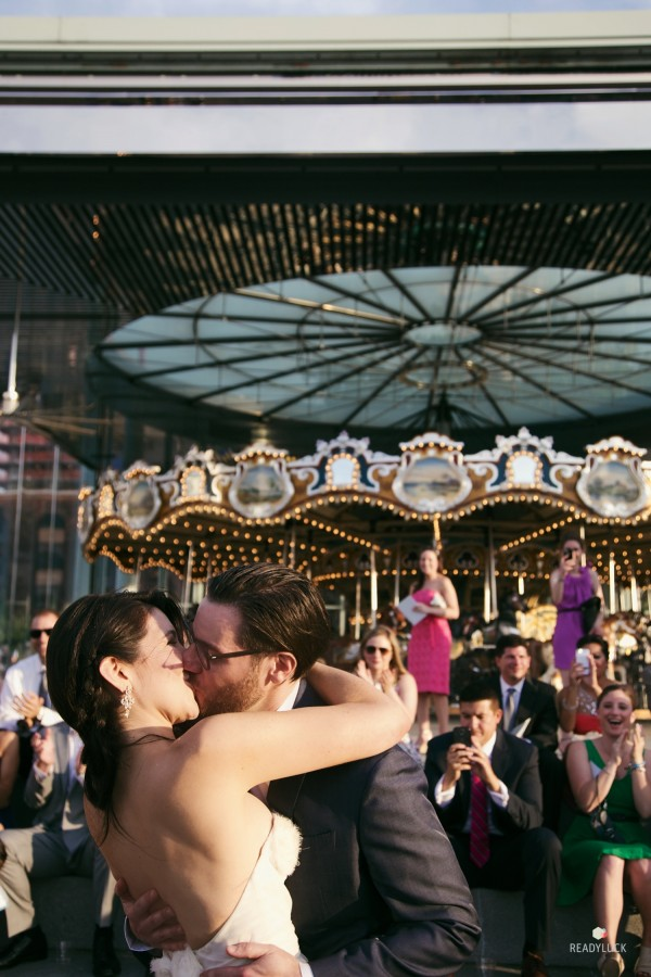 kiss at the carousel