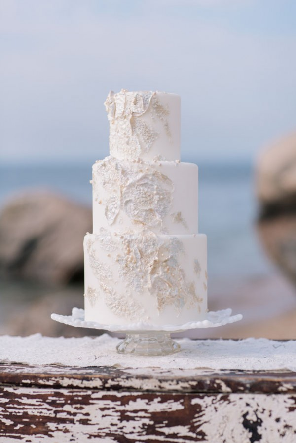 beach inspired wedding cake