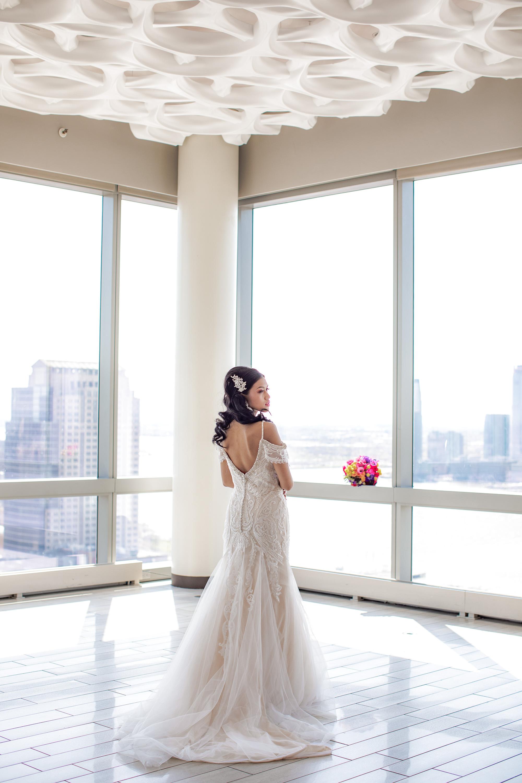 Modern Elegant Wedding Dress