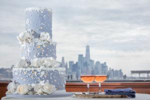 Modern Tropical NYC Yacht Wedding by Veronica Phogoraphy-10
