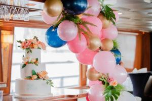 Modern Tropical NYC Yacht Wedding by Veronica Phogoraphy-11