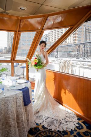 Modern Tropical NYC Yacht Wedding by Veronica Phogoraphy-14