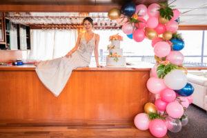 Modern Tropical NYC Yacht Wedding by Veronica Phogoraphy-23
