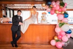 Modern Tropical NYC Yacht Wedding by Veronica Phogoraphy-24