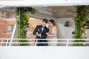 Modern Tropical NYC Yacht Wedding by Veronica Phogoraphy-25
