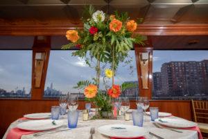 Modern Tropical NYC Yacht Wedding by Veronica Phogoraphy-5