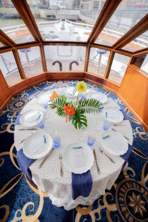 Modern Tropical Wedding Tablescape