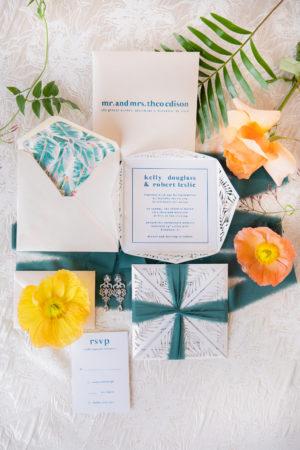 Tropical Elegant Wedding Invitation Suite