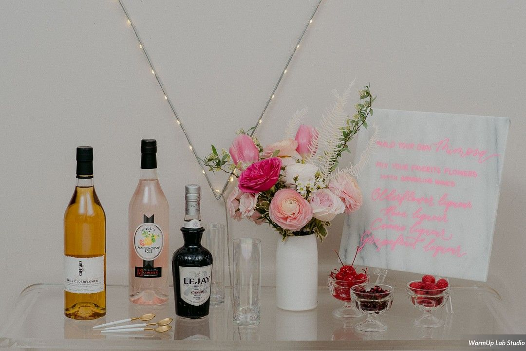 Pink Champagne Station