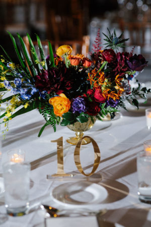 Colofrul Modern Wedding Centerpiece