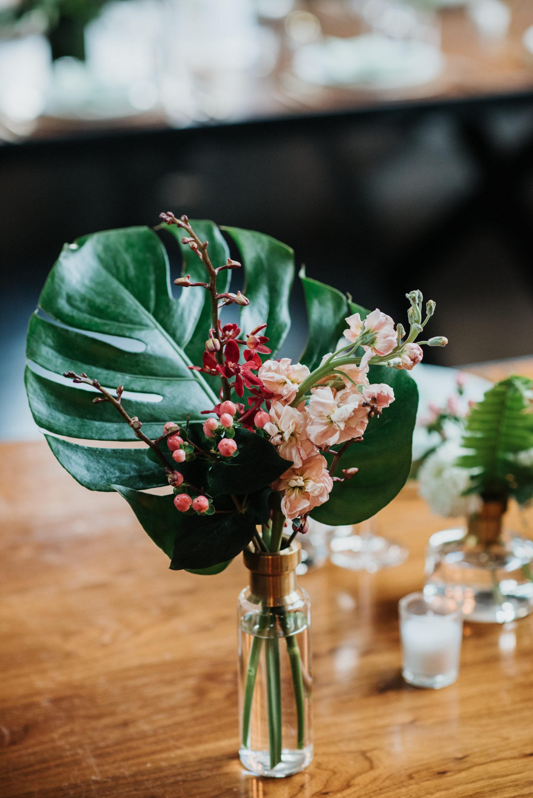 Stylish Tropical-Inspired Wedding in Brooklyn 20