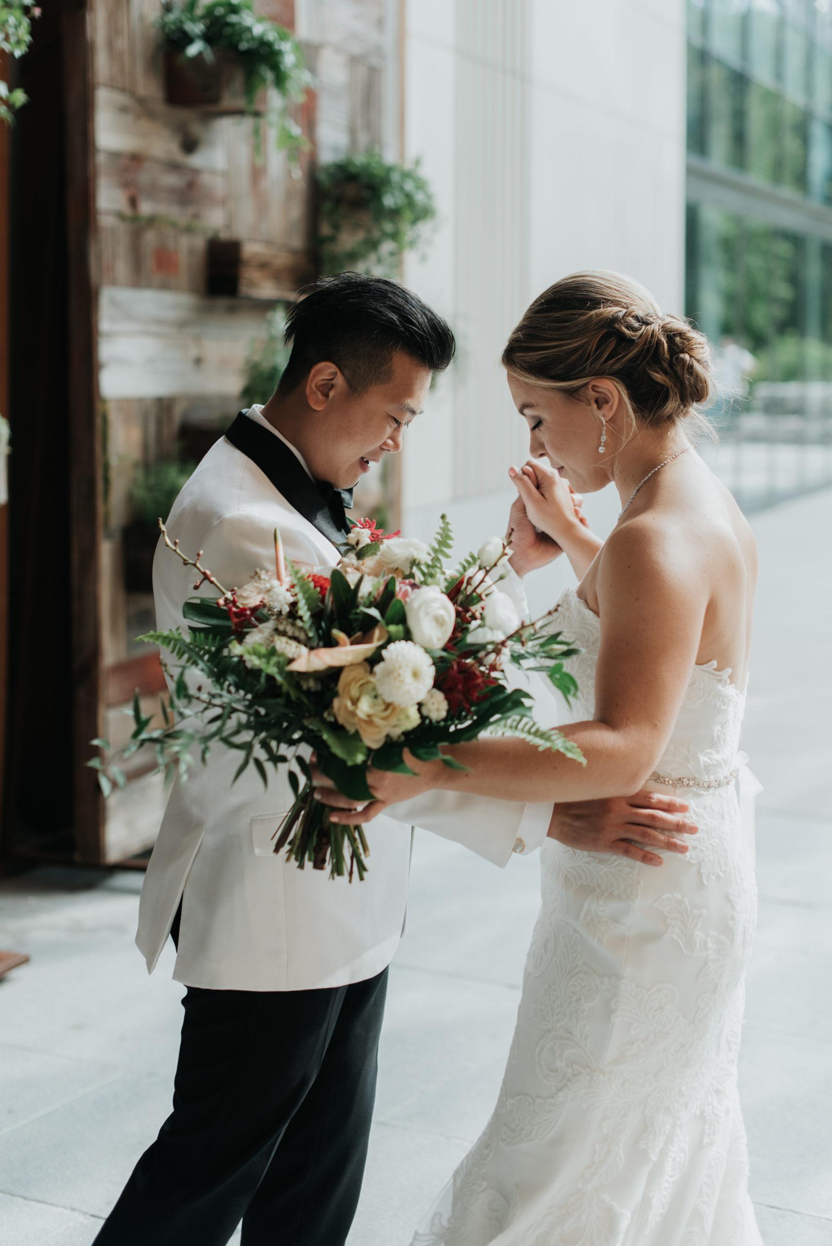 Stylish Tropical-Inspired Wedding in Brooklyn 6